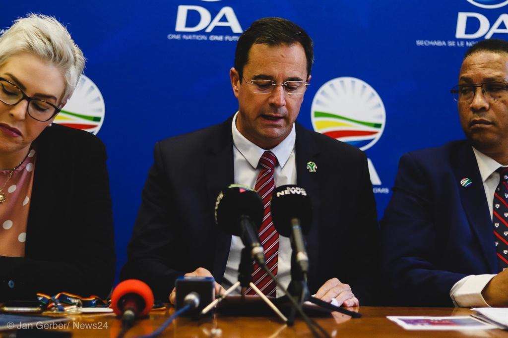 Cigarette sales ban: DA labels Nkosazana Dlamini-Zuma a 'liar', says Ramaphosa should 'fire' her - News24