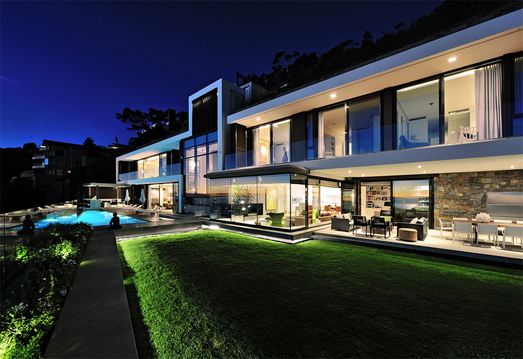 The three-story villa in Clifton, Cape Town, that