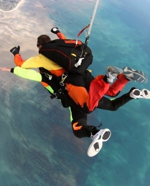 Tandem skydiving. (Photo: Getty Images/Gallo Images)