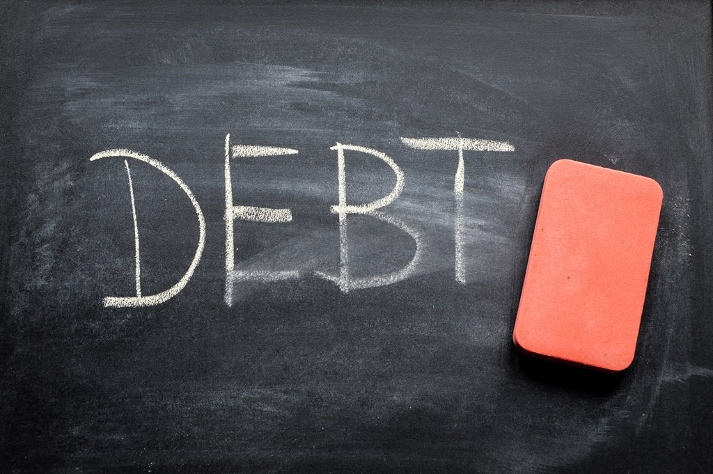 Should you pay off your bond? Is a revolving loan a good idea? Your debt-related questions answered. Picture: iStock