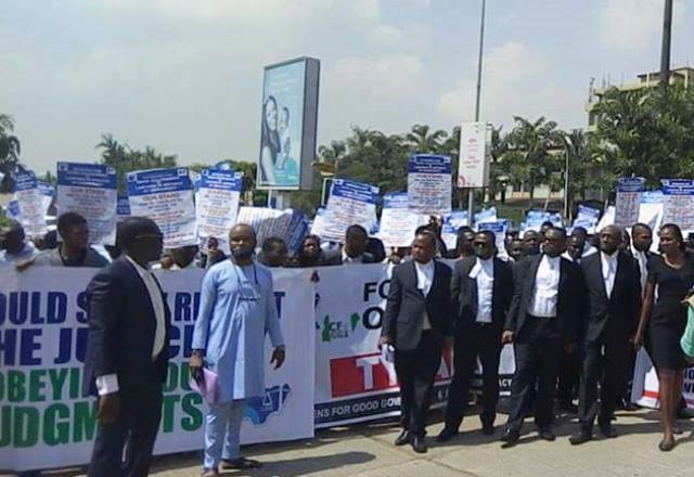 Lawyers protest killing of colleagues in Ekiti sta