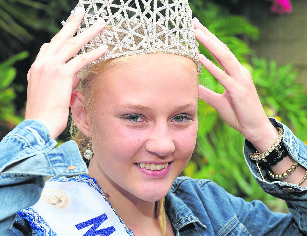 Mieke van der Merwe (14) from Howick won in the Miss Teen Globe/Tourism South Africa 2019 pageant and will be heading off to Mexico to represent South Africa in the Miss World Petite competition in November 2019. PHOTO: Ian Carbutt