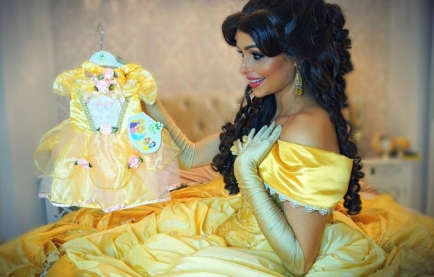 cf610a23b Princess Belle fan spent 30 hours creating stunning Beauty and the  Beast-themed Christmas tree