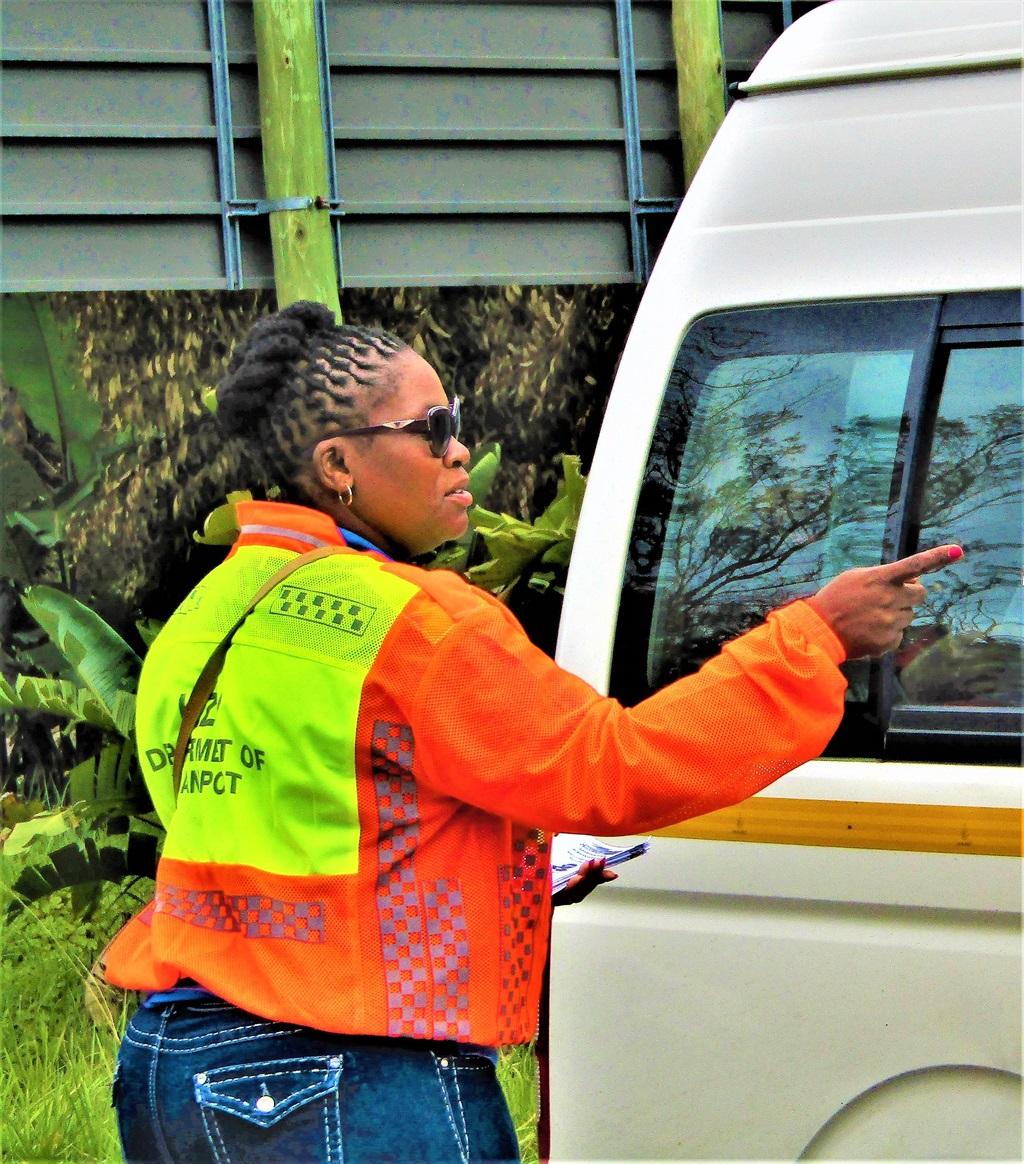 MPL Mbali Fraiser addresses motorists at the Festive season road safety campaign near Port Edward this week. PHOTOS: omega ngema