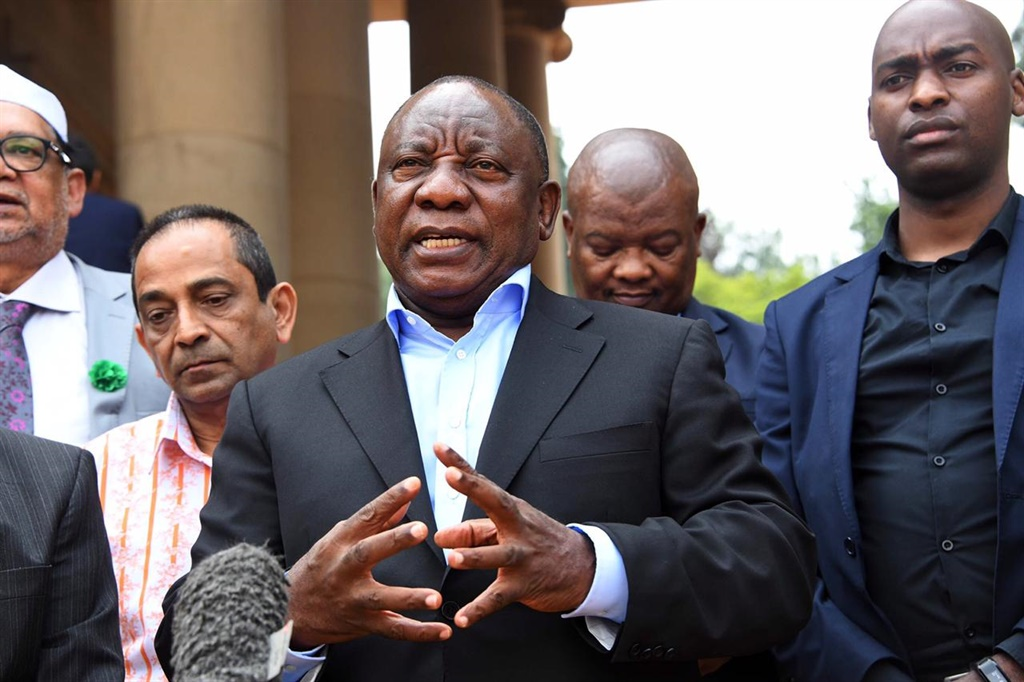 President Cyril Ramaphosa's leadership has been commendable during the Covid-19 pandemic and he should apply the same vigour in the fight against corruption, says the writer. (GCIS)