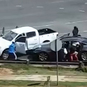 Two Chinese nationals and their driver were robbed of R23 000 along the M2, near the Main Reef Road exit in Johannesburg, on Tuesday.  The three had been travelling to the city from Middelburg in Mpumalanga at about 10:00 when a white Ford Ranger bakkie blocked their vehicle.