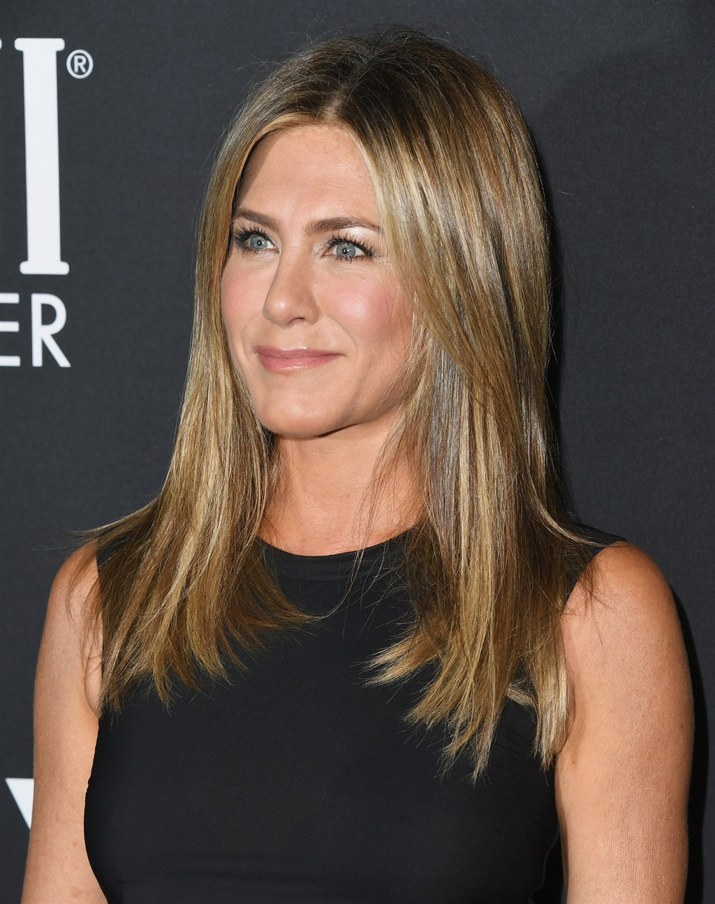 LOS ANGELES, CA - OCTOBER 22: Jennifer Aniston at