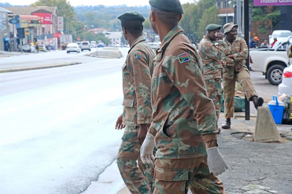 IN TWEETS | 'I pledge to serve' - soldiers, healthcare workers commit to coronavirus lockdown - News24