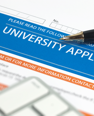 The department advises students who want to enrol at private colleges to check the registration status of such private colleges with the department through its toll-free number 0800-872-222 