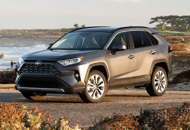 new toyota rav4 for sa best optional extras for your car top motoring stories of the week wheels24 wheels24