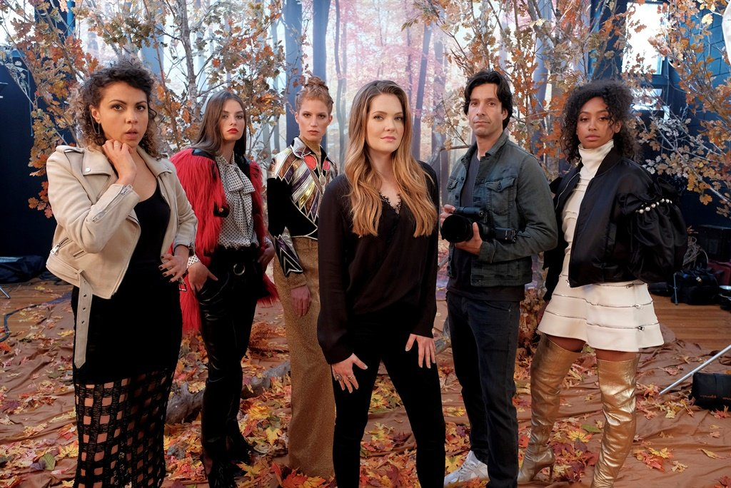 A smart show that looks at the intricacies of navigating media in a millennial era.