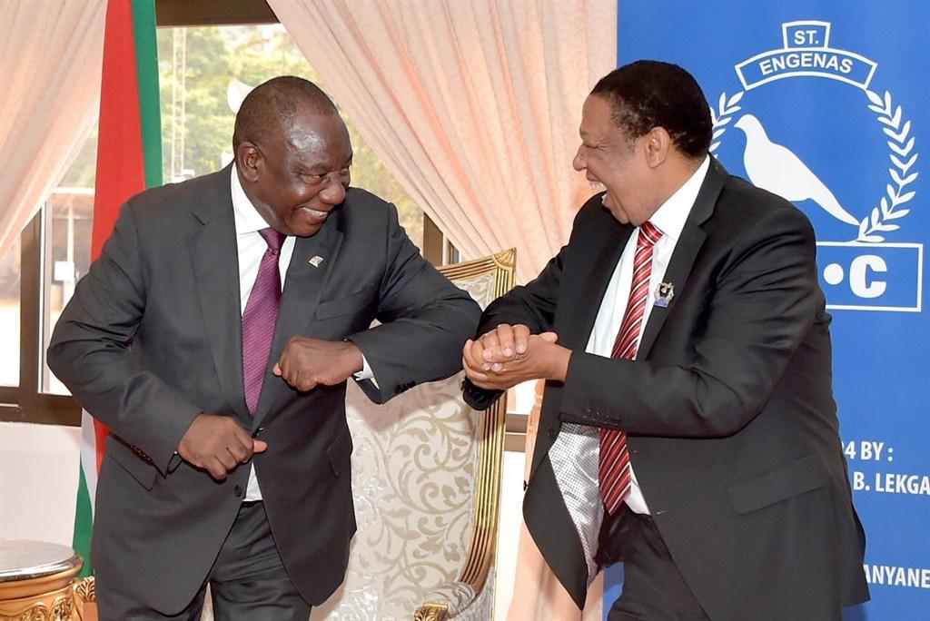 PICS | Coronavirus and church: Pray for SA, Ramaphosa asks ZCC leaders during Sunday visit - News24