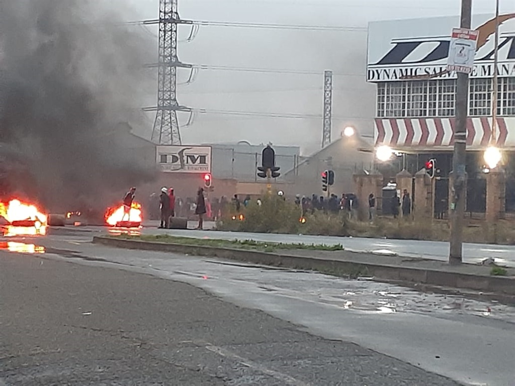Protest in Johannesburg after community members sa