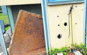 Parts of the Mid-Illovo police station are starting to fall apart and have not been maintained in years.PHOTOS: Peter Stainbank