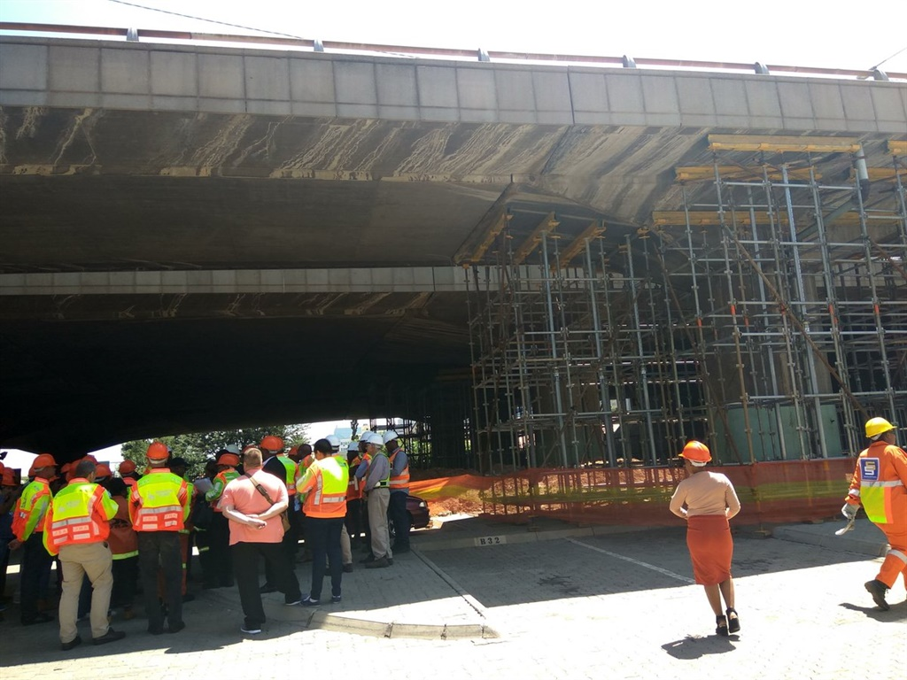 The Joburg Roads Agency inspects the state of the Selby bridge on Monday. Picture: JRA ?