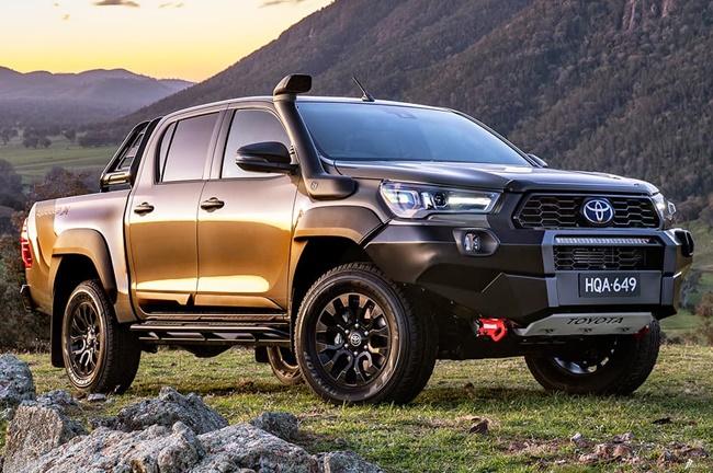 2020 Toyota Hilux Rugged X