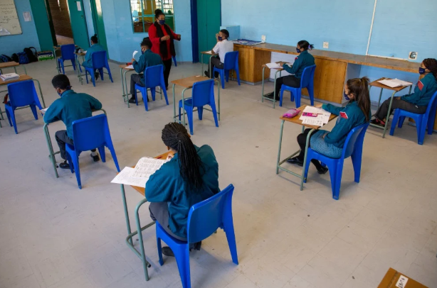 Grade 12 learners of Rosendaal Senior Secondary in