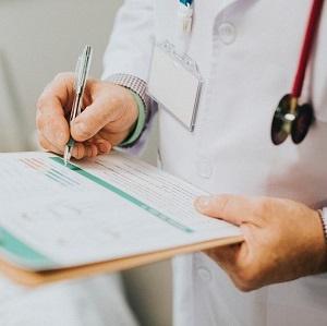 Doctor prescribes flu treatment