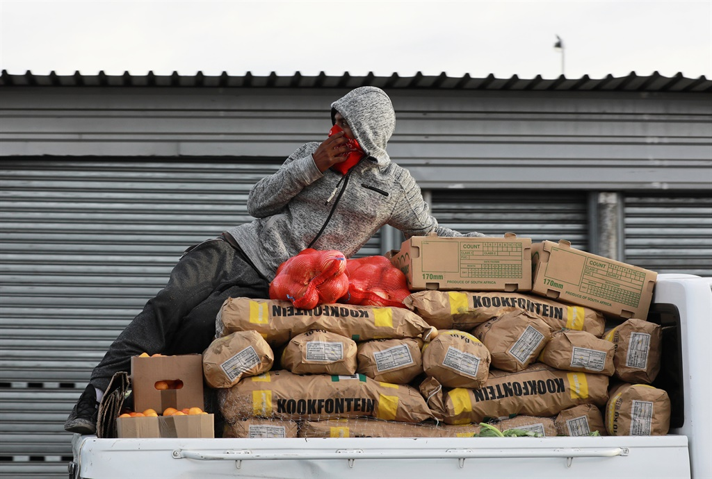 Joburg issues permits to informal food traders after lockdown regulations amendment - News24