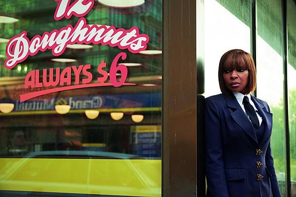 Die sangeres Mary J. Blige (48) speel Cha-Cha.