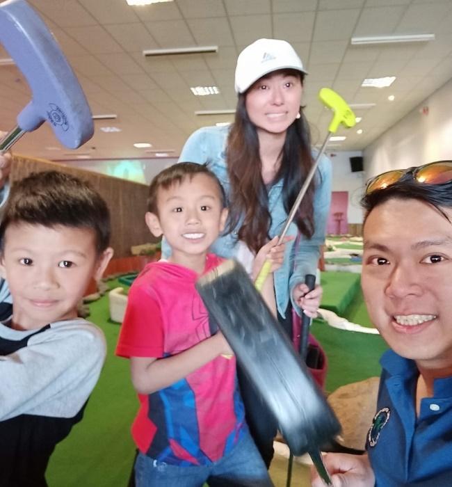 Anita Wong and her family