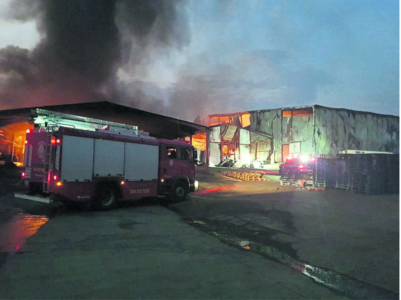A large fire gutted several factories at the Orange Grove Dairy plant outside Dundee.PHOTO: Northern natal courier