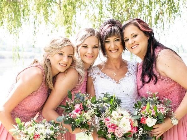 driehoek mom wedding