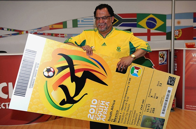 Danny Jordaan holds the official ticket during the FIFA Media briefing, April 2009 (Getty Images)