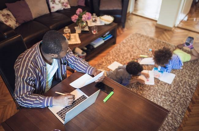 The stress parents may be feeling since the pandemic began could be having a deeply negative effect on their sleep schedules. (Getty Images)