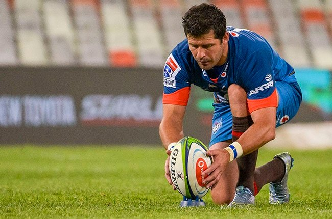 Bulls flyhalf Morne Steyn lines up a shot at goal during their Super Rugby Unlocked encounter against the Cheetahs in Bloemfontein on 16 October 2020.