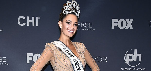 Demi-Leigh Nel-Peters crowned Miss Universe. (Photo: Getty Images)