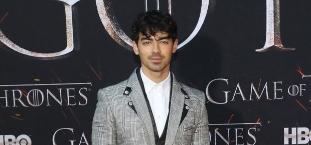 Joe Jonas at the Game of Thrones premiere. (PHOTO: