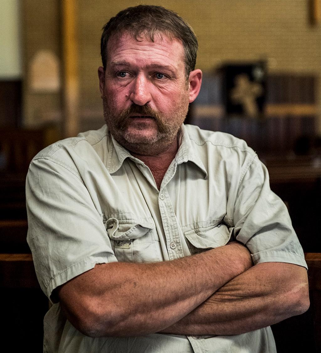 Ronnie Hough, pa van die vermoorde Sharnelle Hough