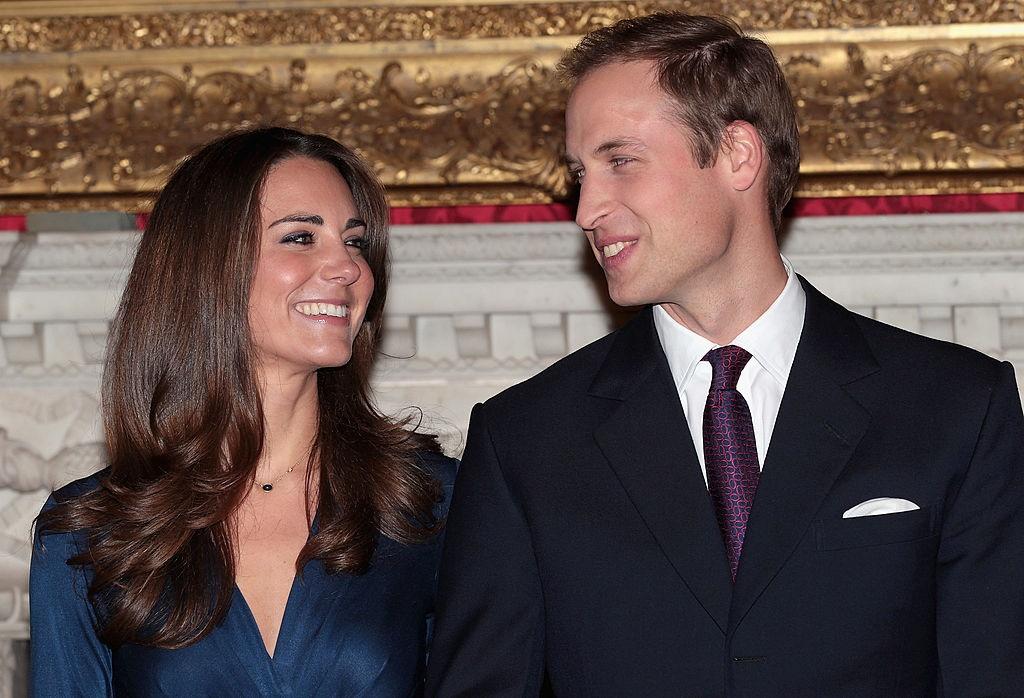 Prins William en Kate Middleton in 2010 op die dag