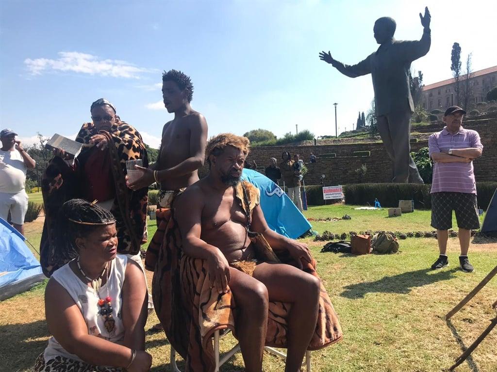 Chief Khoisan SA, Union Buildings