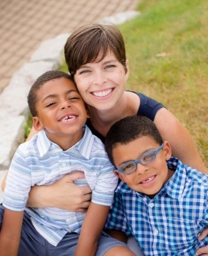 Tessie Sylvester and her two kids. (Photo: GoFundMe page)
