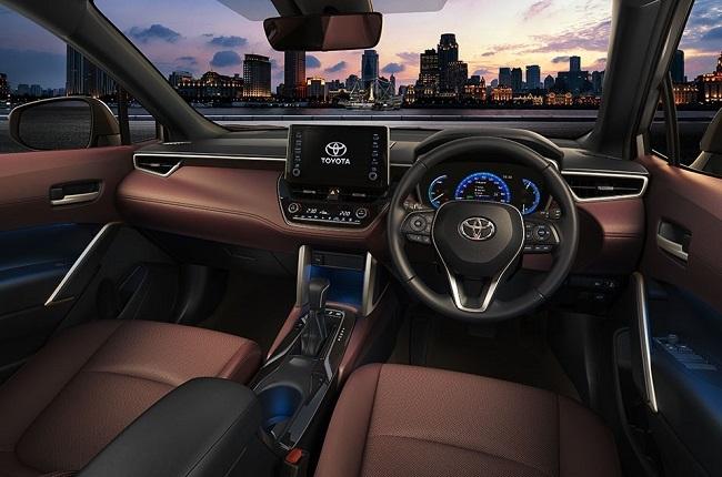 2021 Toyota Corolla Cross SUV interior