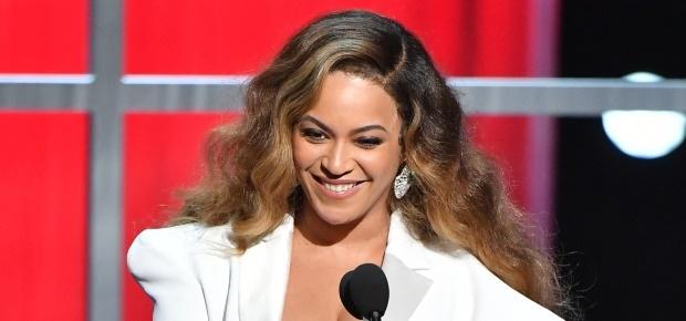Beyoncé at the 2019 NAACP awards. (PHOTO: Getty/Ga