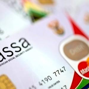 Vrou (91), verraderd na geld verdwyn uit die Sassa-rekening - News24