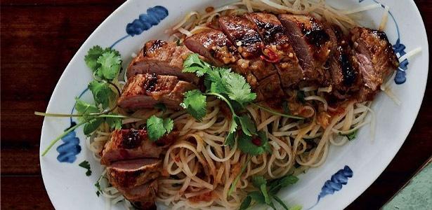 recipe, pork, noodles