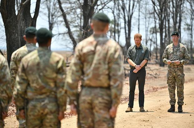 LILONGWE, MALAWI - SEPTEMBER 30: Prince Harry, Duk