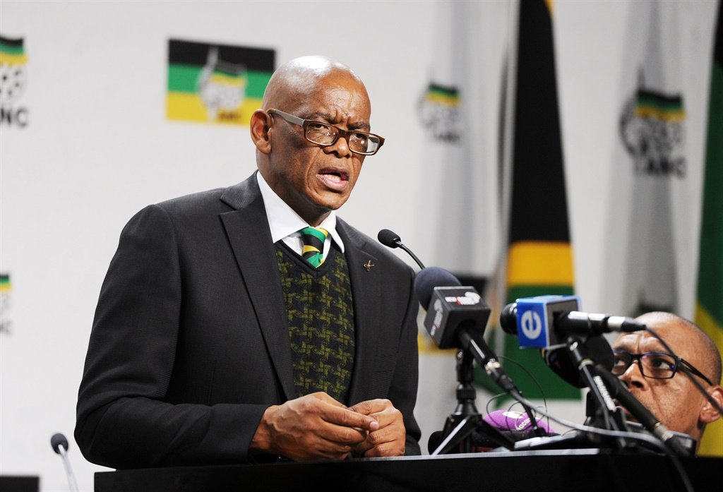 ANC Secretary-General Ace Magashule addresses journalists.  Photo: Jabu Kumalo