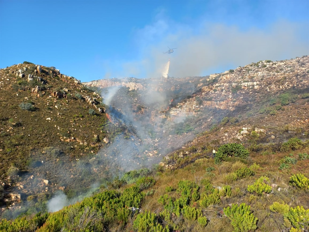 Firefighters battling fire in Simon's Town (Supplied by Fire and Rescue services)