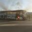 Betogers gooi bus en motors met petrolbomme