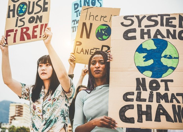 News24.com | Fossil fuel groups 'destroying' climate talks: NGOs