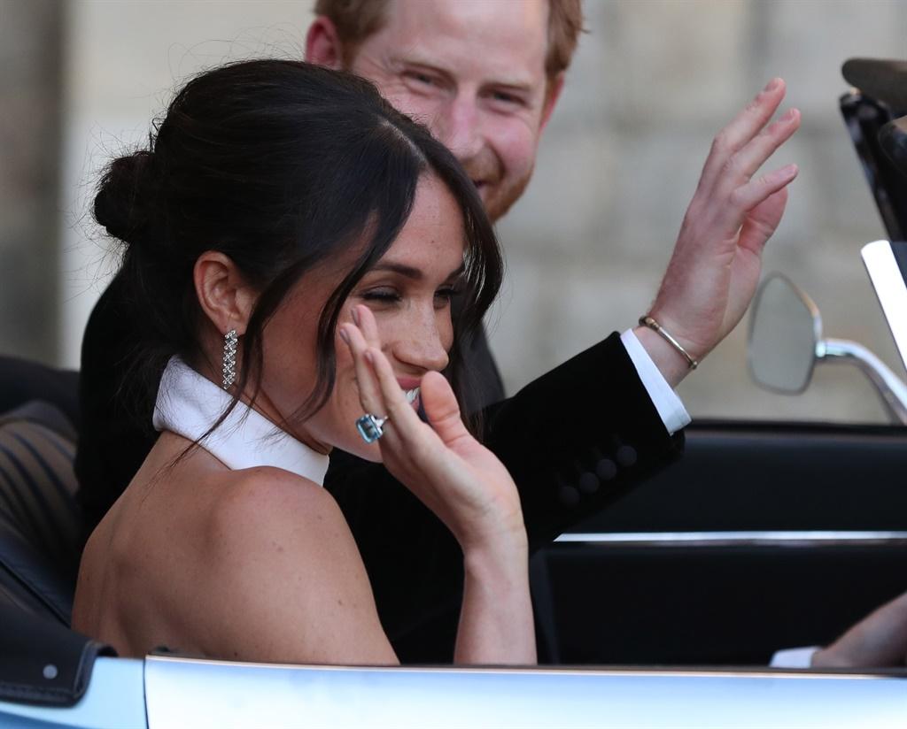 Meghan wearing Dianas ring