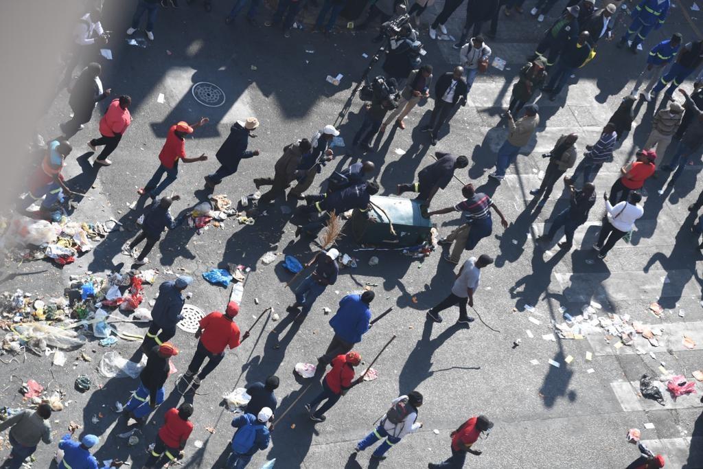 staking, Tshwane-staking, betoging, vullis