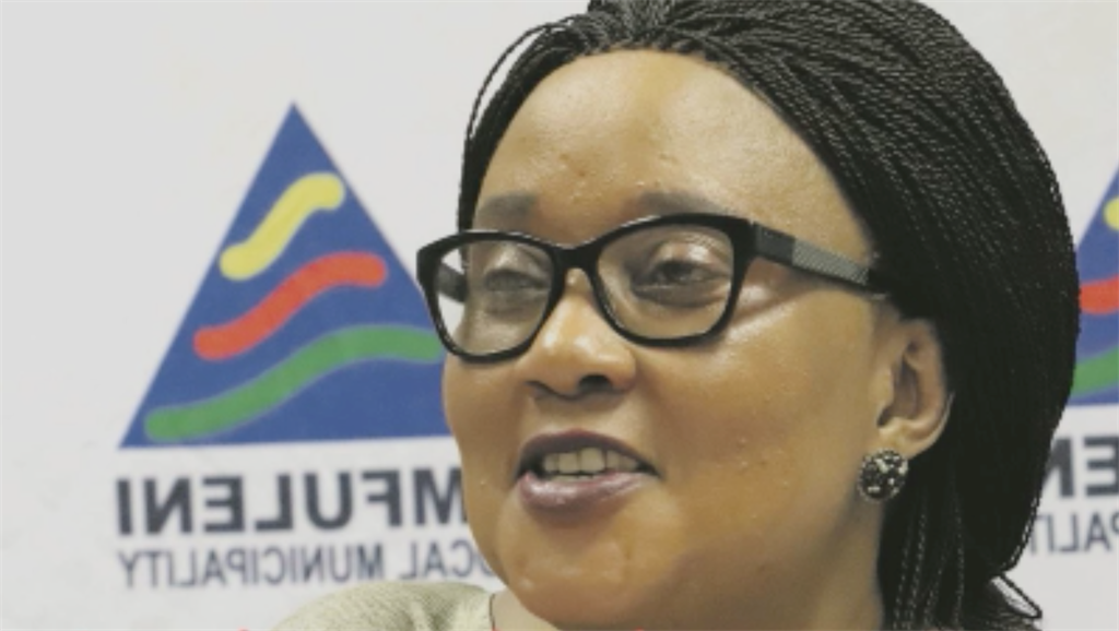 A voice clip, allegedly of the Emfuleni Speaker insulting her colleagues and their mothers, unleashing profanities, and bragging about her R30 000 shoes and her wealth emerged on social media last week and has gone viral, landing her in hot water.