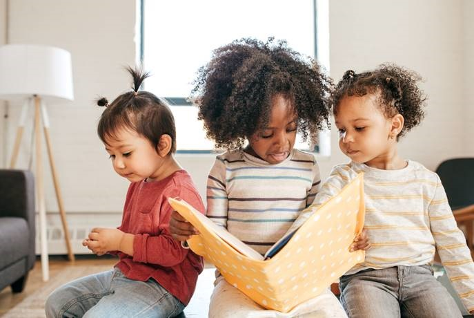 Find free stories for children in Parent24's Storytime Hub