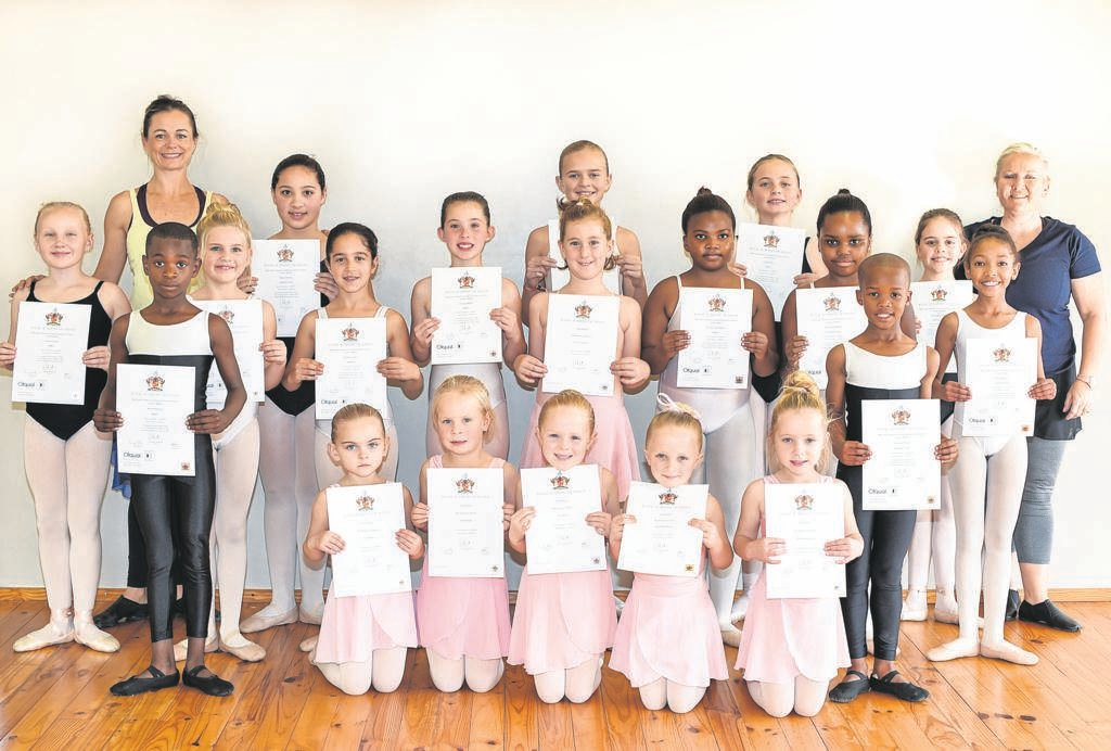 Students from the Robyn D'Arcy School of Dance obtained exceptional results at their recent Royal Academy of Dance examinations. They are currently preparing for solo and group performances at the Friendly City Dance Festival in Port Elizabeth from August 16 to 24. Twenty-five ballerinas will make their stage debut at The Savoy Theatre on August 16, while the rest of the studio will perform at the PE Opera House from August 21. The festival will come to a close with a prestigious gala evening on August 24, showcasing a selection of winning performances. The dancers are (back from left) teacher Robyn D'Arcy, Kaylin Thomas, Georgia Goddard-Ford, Sophie D'Arcy, Teacher Marica Coetzee, (middle) Anica Coetzee, Lanelle Rautenbach, Isla Mae Joubert, Cassidy Alberts, Francesca Venter, Thandolwethu Mabaso, Ndalowenhle Mabaso, Tehilla Meyer, Zara Hendricks, (front) Moses Nehemia, Anah Muller, Hilde Hoek, Kara Meyer, Klara-Belle Pienaar, Amé Spangenberg, Ncedakele Meleni, (absent) Kayla Oosthuizen, Issataya Bredell and Louloulvé Bredell.         Photo:SUPPLIED
